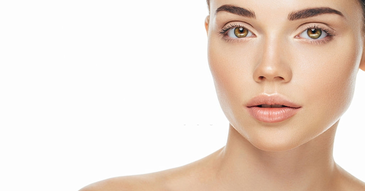 Ácidos grasos esenciales - Mujer rostro
